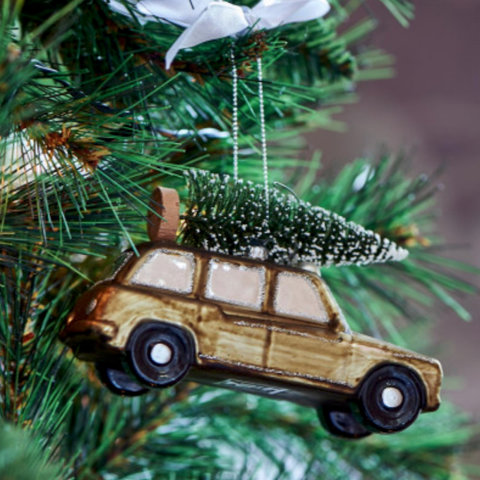 Christmas Shooting Brake Car Ornam.