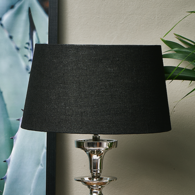 Loveable Linen Lshade black 25x30