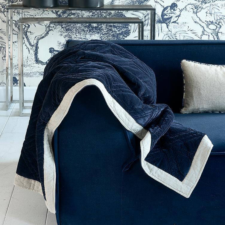 Joie de Vivre Throw blue 180x130